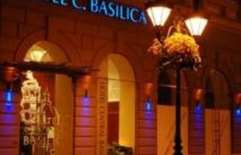 Central Basilica Superior - Hotel - 0