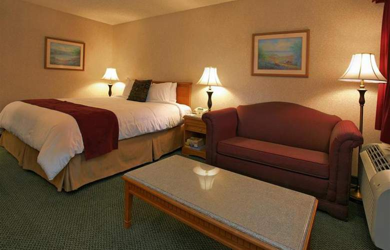 Best Western Plus Orange County Airport North - Room - 61