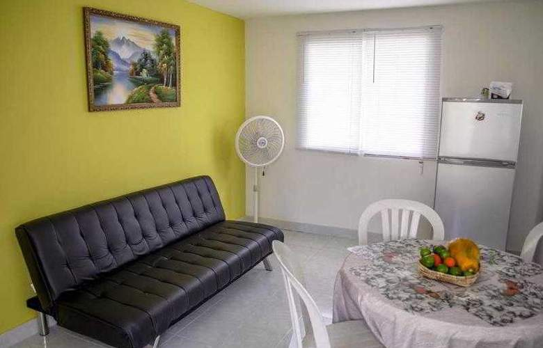 The Retreat Homeaway - Room - 7