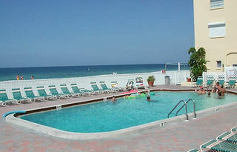 Holiday Villas - Pool - 10