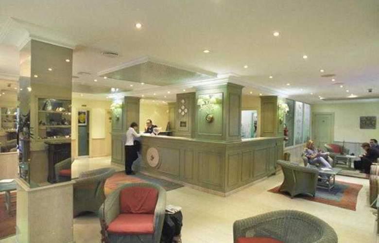 Best Western Globus - Hotel - 32
