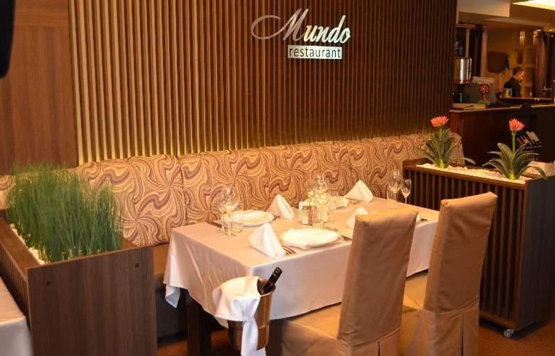 Park Hotel Plovdiv - Restaurant - 23