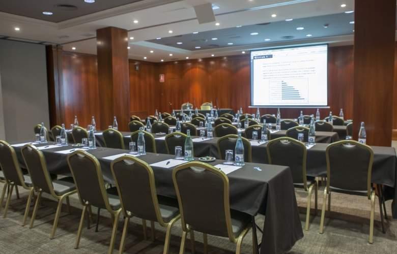 Abba Balmoral - Conference - 18