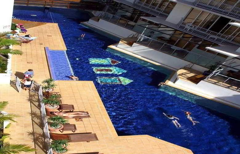 Rolling Surf Resort - Pool - 8