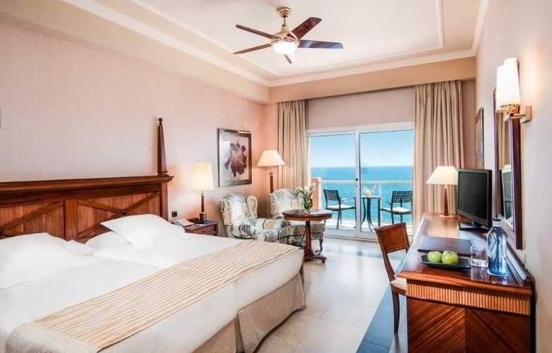 Elba Estepona Gran Hotel & Thalasso Spa - Room - 13