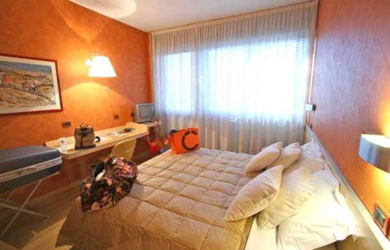 Alexandra - Room - 6