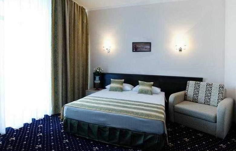 Manhattan Hotel & Restaurant - Room - 0