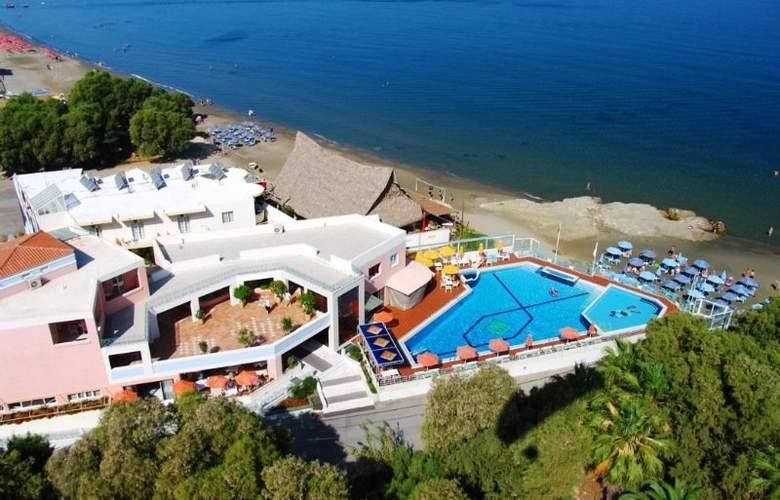 Ilianthos Village Suites - Hotel - 0