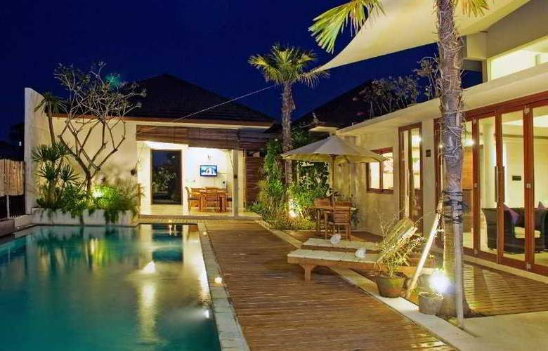 D'Djabu Villas - Pool - 8