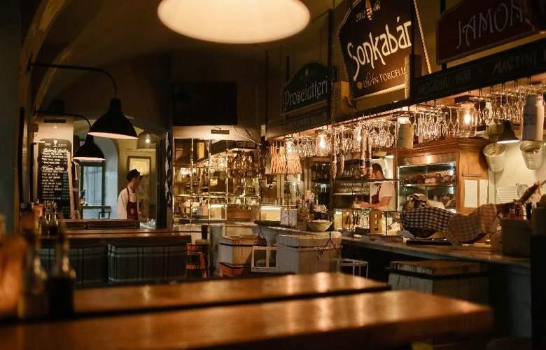 Zenit Budapest Palace - Restaurant - 35