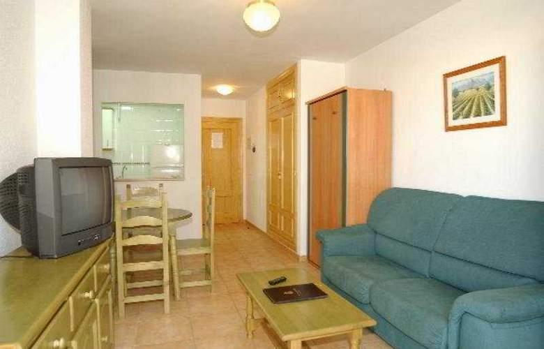 Apartamentos La Fonda - Room - 1