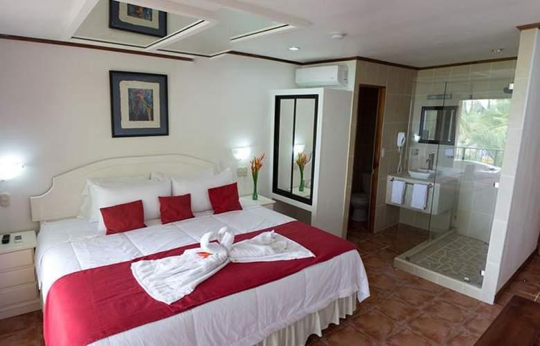 Copacabana hotel and suites - Room - 5