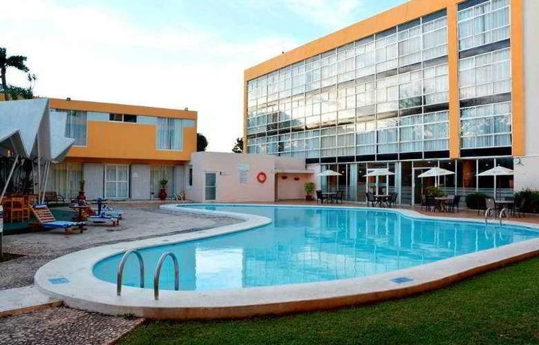 Maria del Carmen - Pool - 21