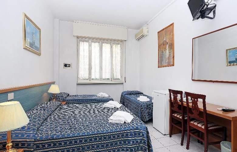 Athena - Room - 5