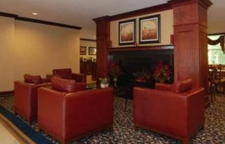 Comfort Suites Airport - General - 1