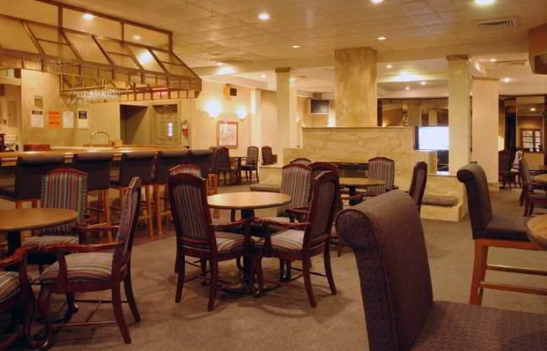 Eisenhower Hotel - Bar - 3
