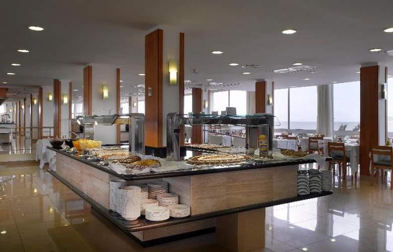 Fiesta Hotel Milord - Restaurant - 21