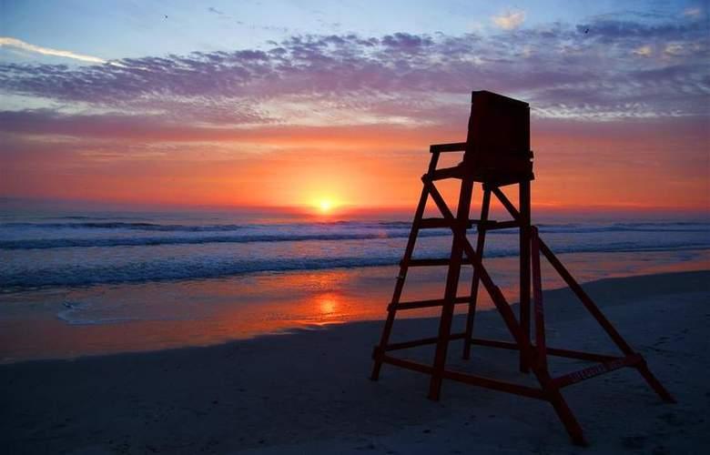 Best Western Oceanfront - Beach - 68