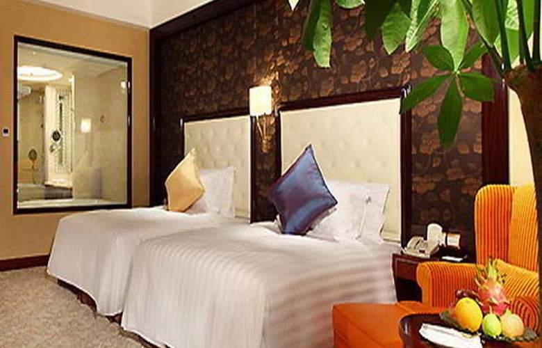 Wyndham Grand Plaza Royale - Room - 5