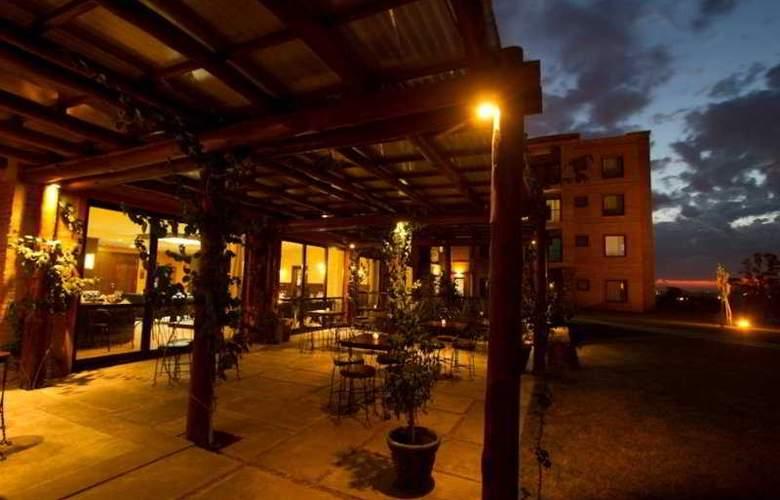 Regency Park Spa - Terrace - 4