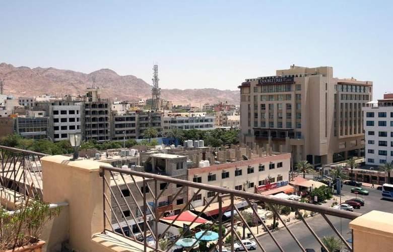 Golden Tulip Aqaba - Terrace - 4