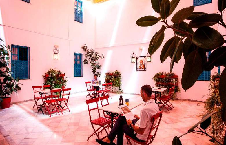 Casual Sevilla de las Letras - Terrace - 70