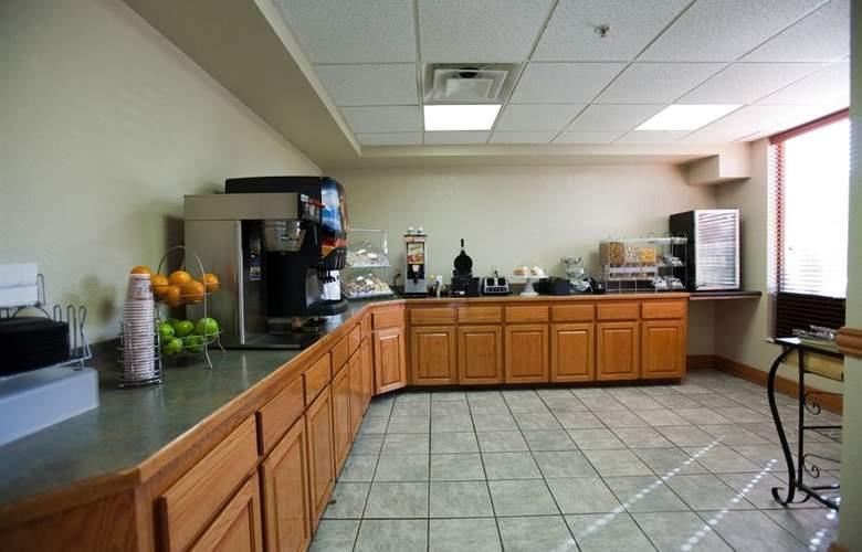 Comfort Suites University - Meals - 4