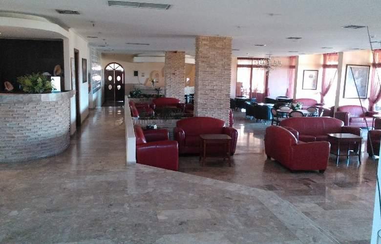 Roselands - Hotel - 5