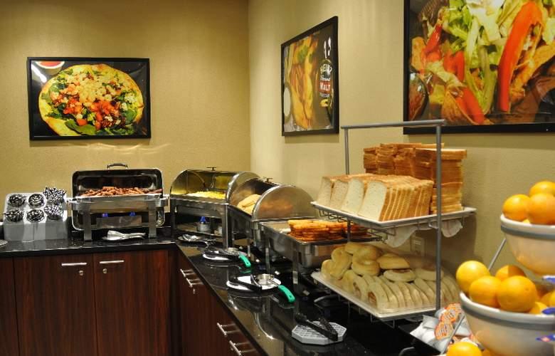 Clarion Suites Maingate - Restaurant - 10