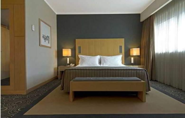 Sana Malhoa - Room - 14