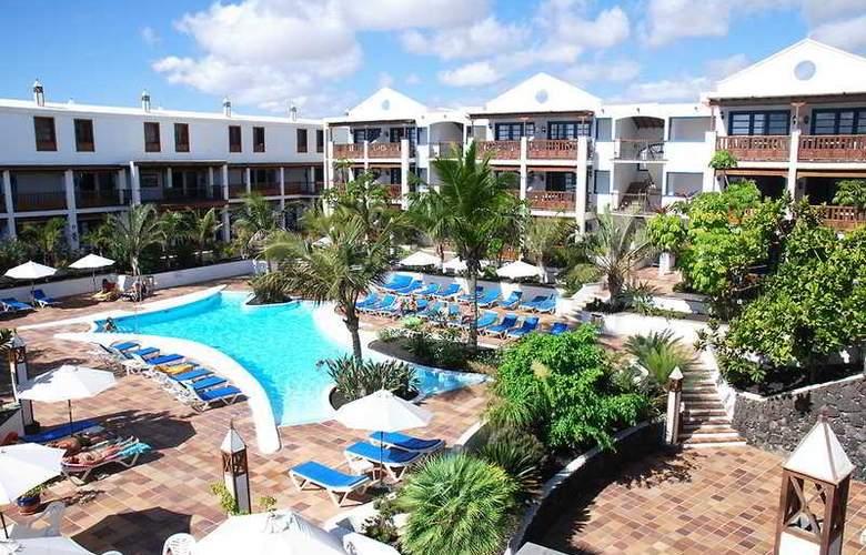 Mansion Nazaret - Pool - 10