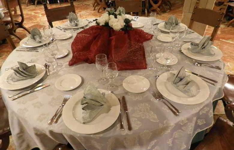 Alfonso VI - Restaurant - 43