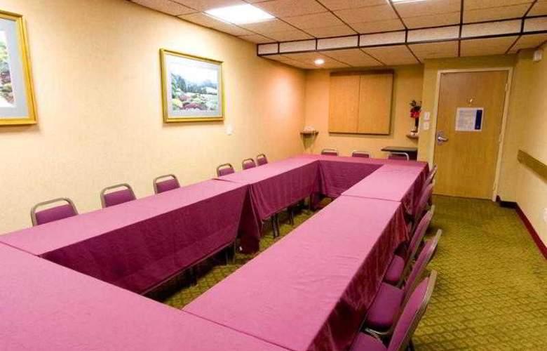 Hampton Inn Atlanta- Marietta - Hotel - 6