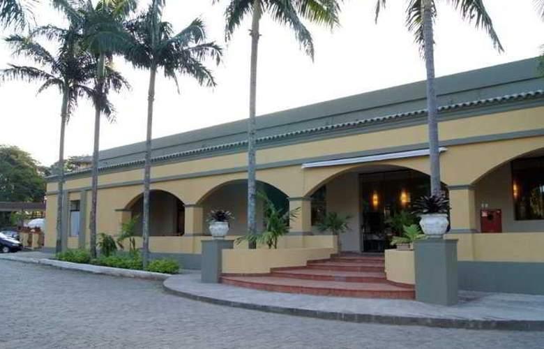 Hotel Gran Roca - Hotel - 0
