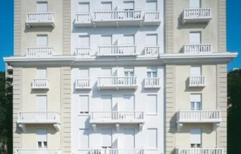 Astoria Design Hotel - Hotel - 0