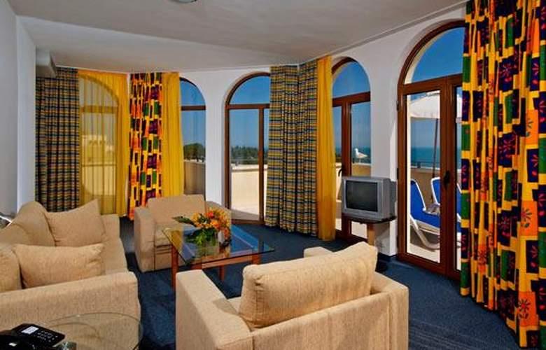 Sol Nessebar Mare All Inclusive - Room - 10