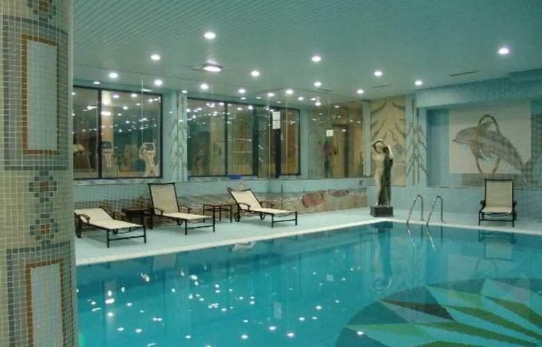 O Alambique de Ouro Hotel Resort - Pool - 2