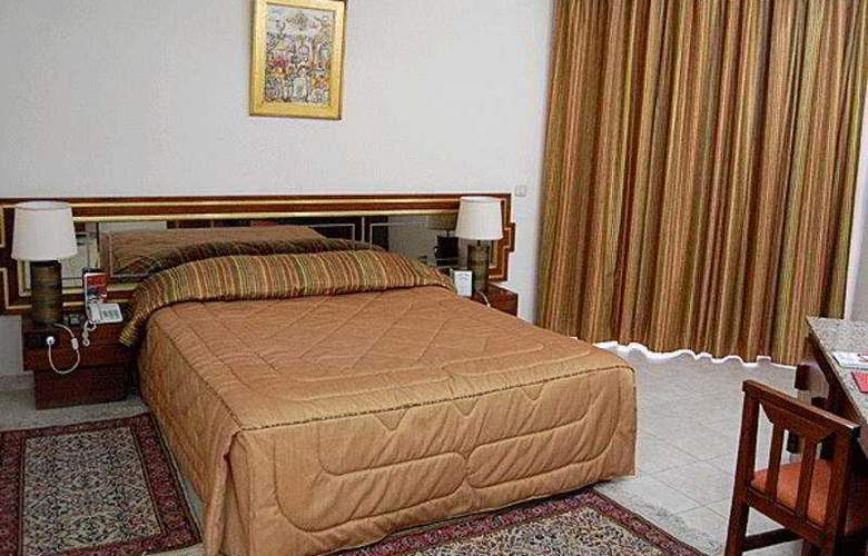 Diplomat - Room - 4