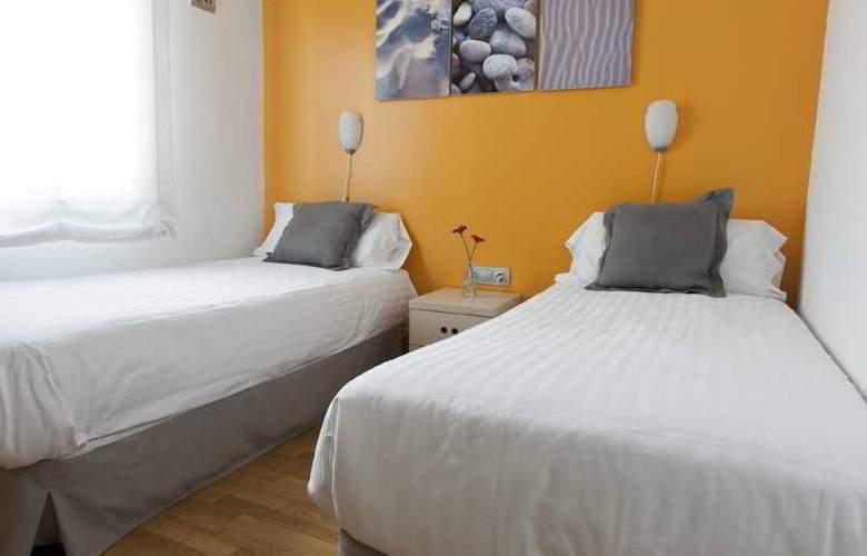 MH Apartments Sagrada Familia - Room - 1