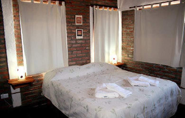 Aldea Altos de Garay - Room - 4