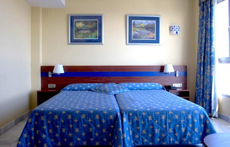 Biarritz - Room - 8