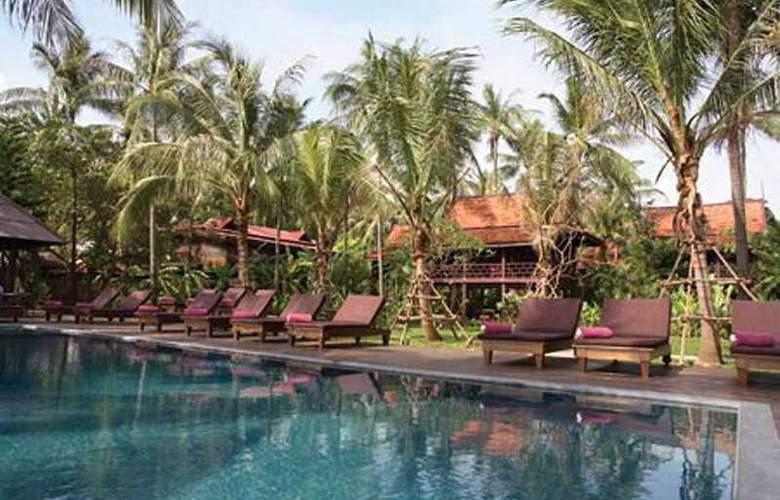 Le Paradis Boutique Resort & Spa - Pool - 4