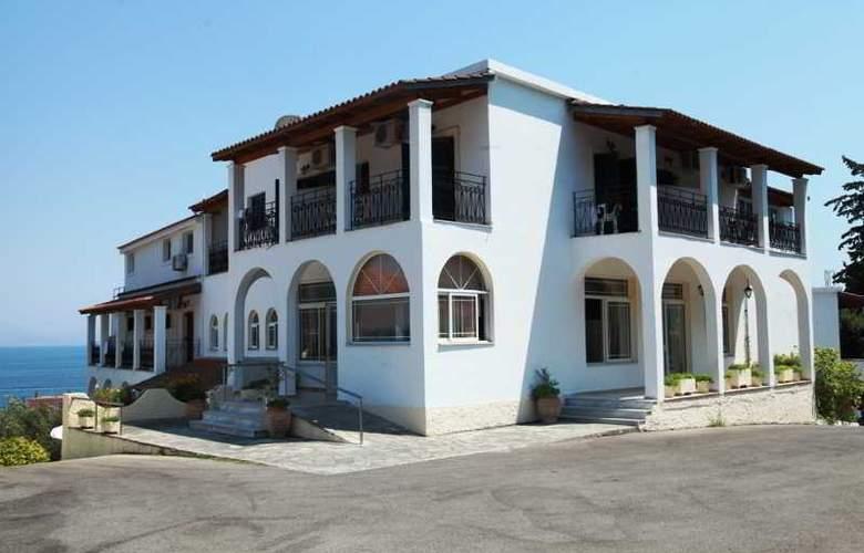 Yannis - Hotel - 4