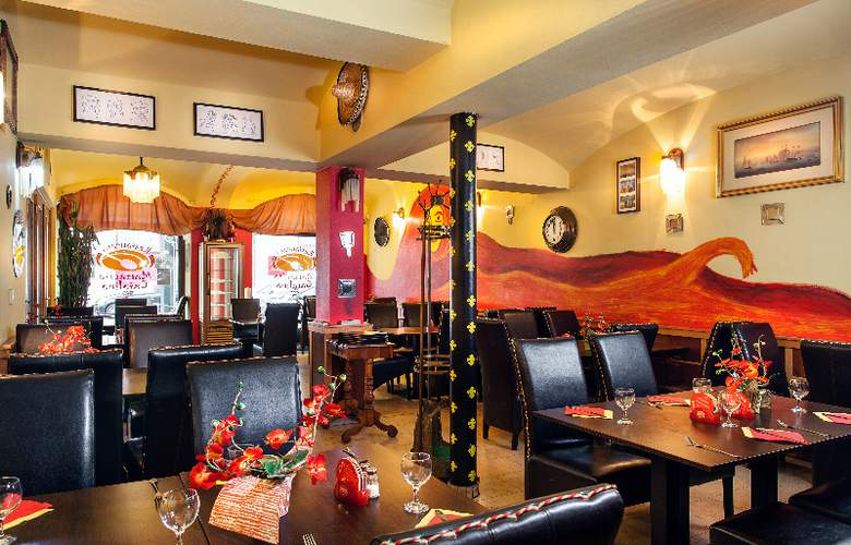 Mucha - Restaurant - 8