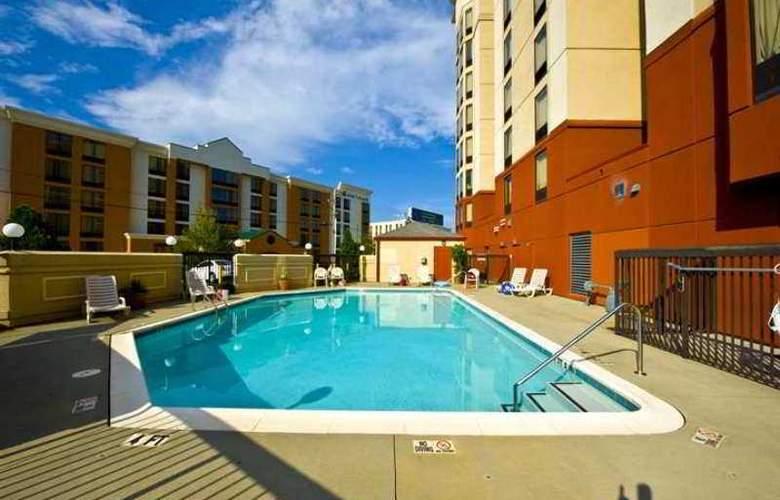 Hampton Inn & Ste Atlanta Airport North I85 - Hotel - 2