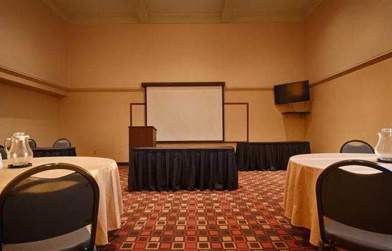 Best Western Cedar Bluff - Hotel - 40
