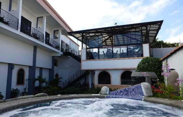 Santo Tomas - Pool - 9