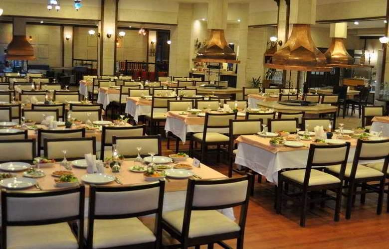 Merit Sahmaran - Restaurant - 9