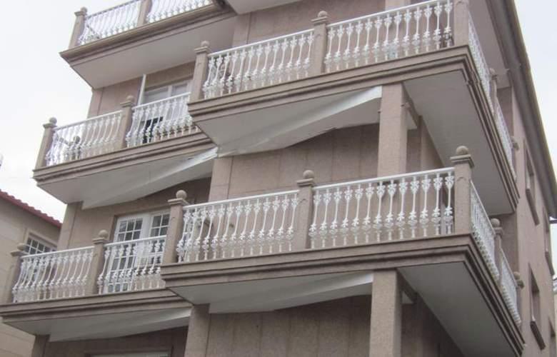 Apartamentos Camilo - Hotel - 3