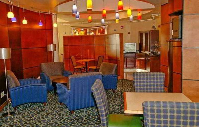 SpringHill Suites Victorville Hesperia - Hotel - 1